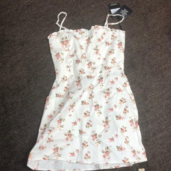 1d402e87f15 Reformation Ava Dress Geraldine Sz 4 NWT. M 5b79963725457a6ec1842877